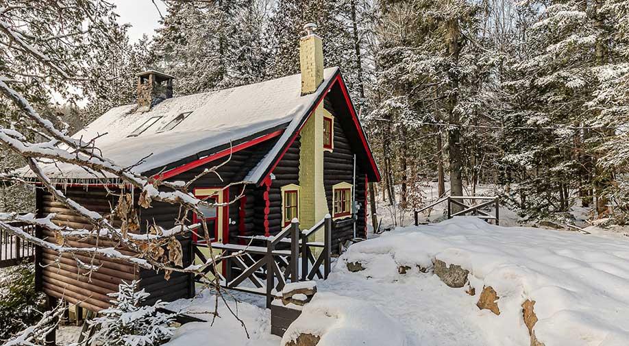 louer un chalet dans les Laurentides en hiver